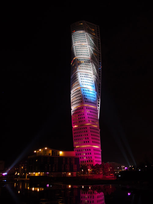 turning-torso-lights