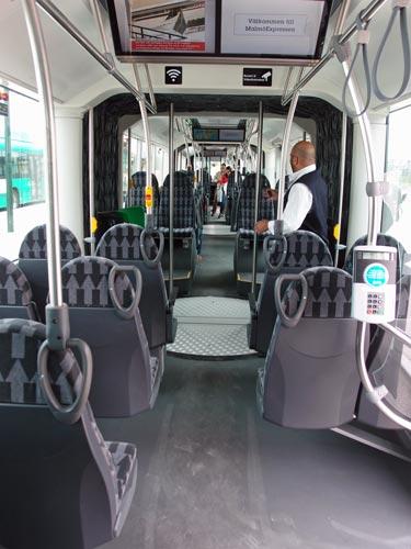 superbuss-inne